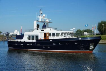 Altena Blue Water Trawler 58
