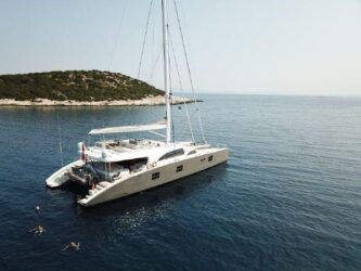 Sunreef Catamaran 102